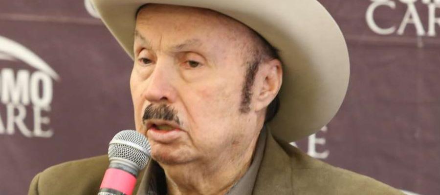 Rinden homenaje a Don Servando Cano